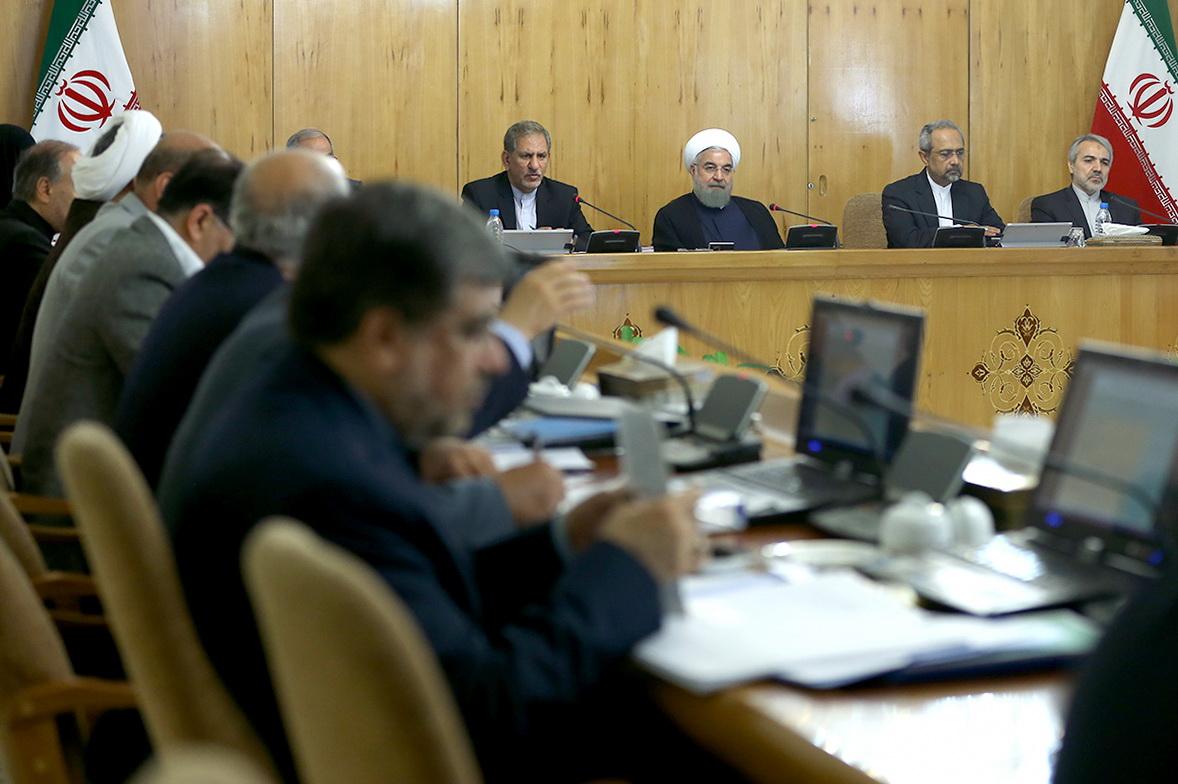 بررسی وضعیت و رسیدگی به مشکلات مسکن مهر در جلسه هیئت دولت