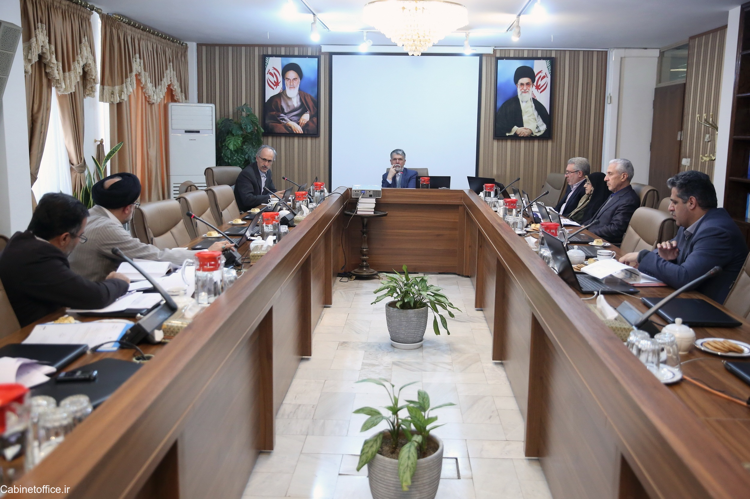 جلسه اصلی کمیسیون فرهنگی در تاریخ ۱ دی ۱۳۹۸