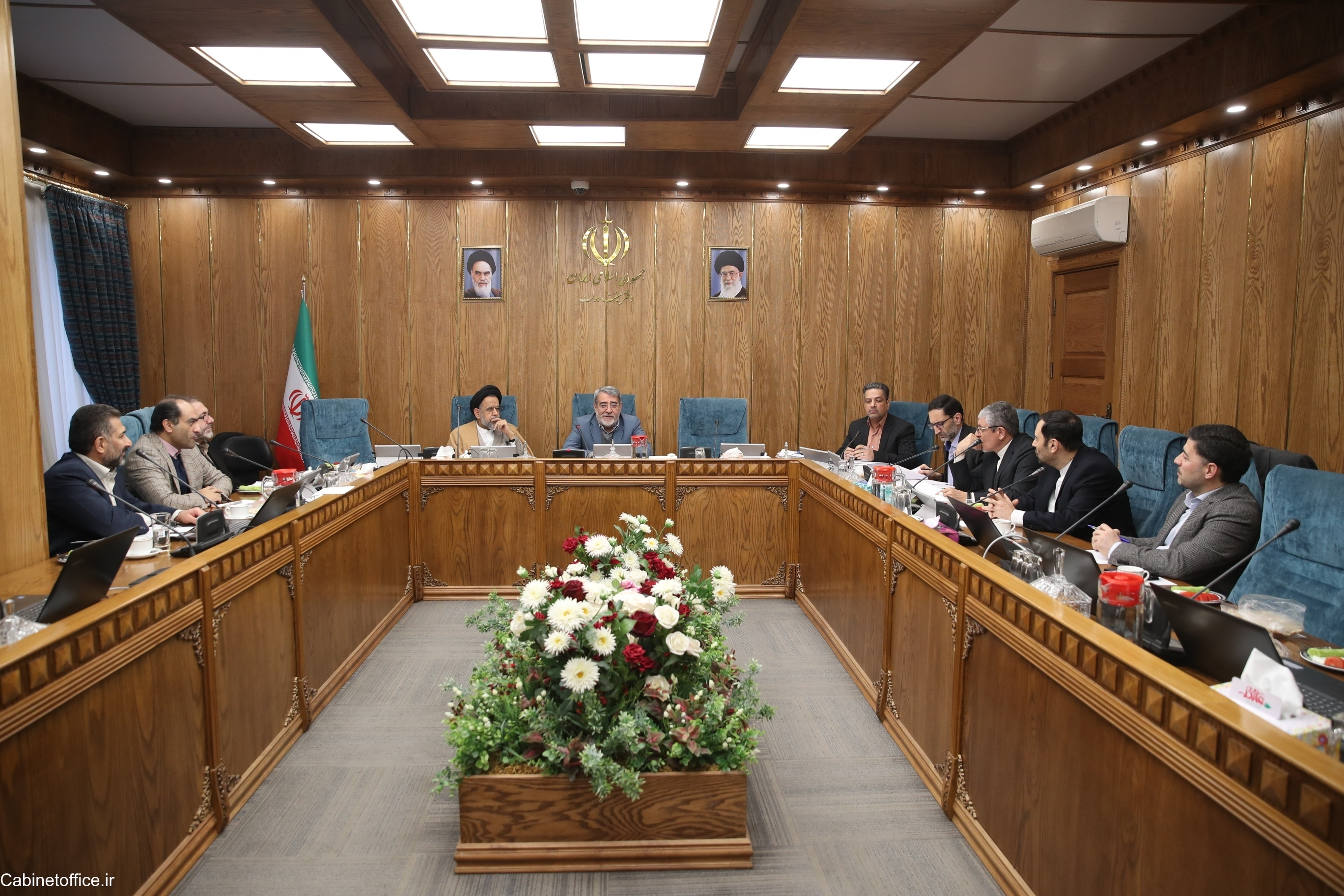پیشنهاد اصلاح آییننامه نظارت بر مسافرتهای خارجی دستگاههای اجرایی، در دستورکار هیئت وزیران