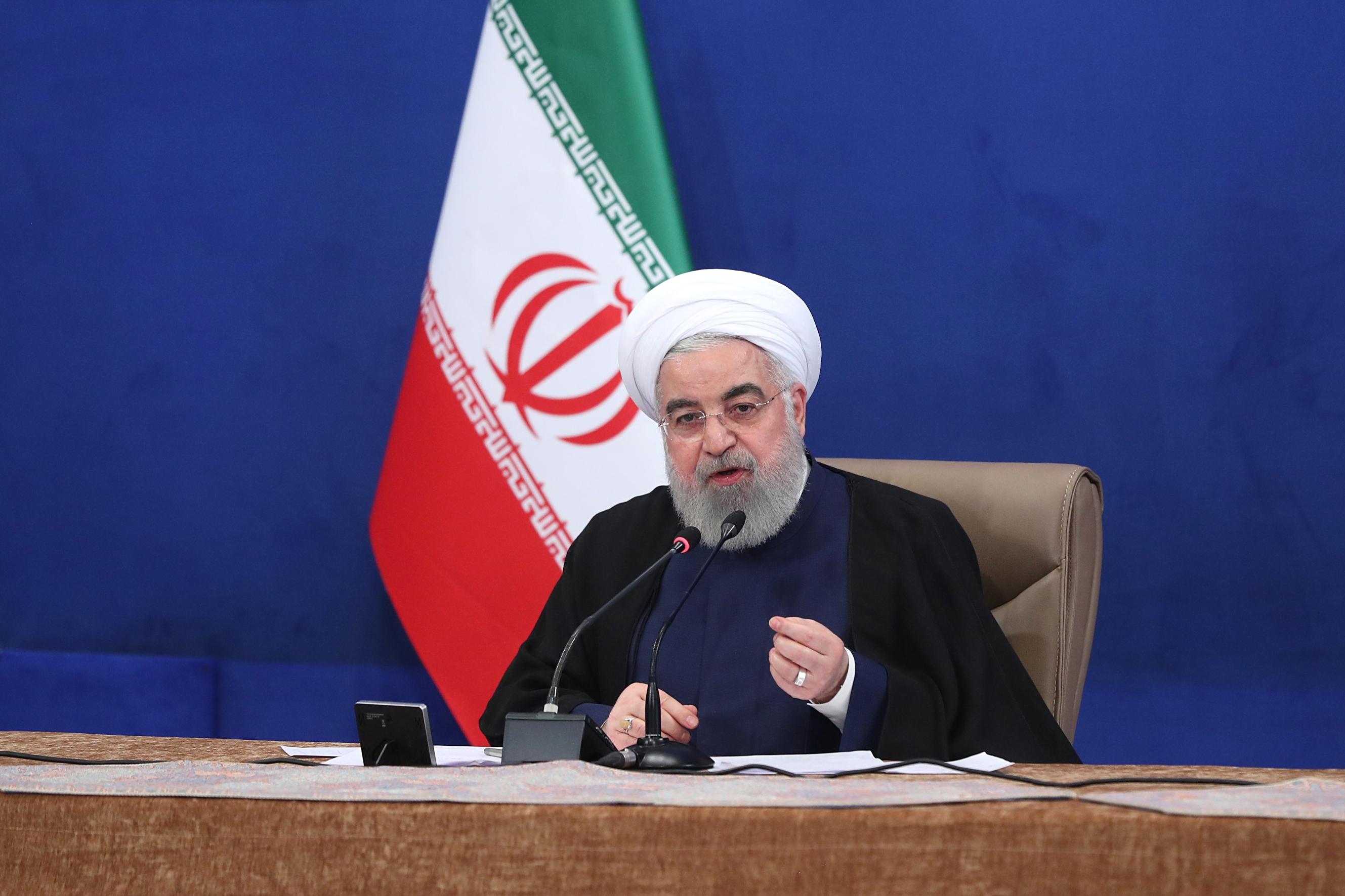 قدردانی رئیس جمهور از موافقت رهبر معظم انقلاب اسلامی با درخواست آزادسازی سهام عدالت